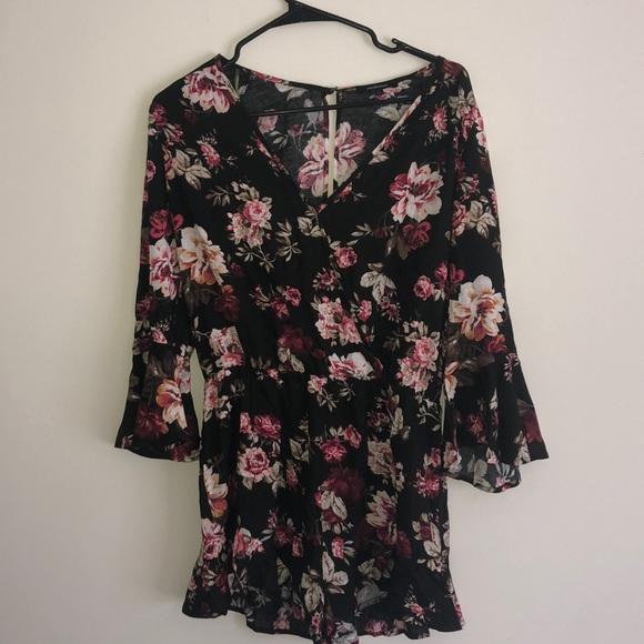 Fashion Nova Dresses & Skirts - Fashion nova flower pattern romper